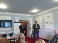 wicestarosta-powiatu-z-prezesem-pzb-na-otwarciu-konferencji